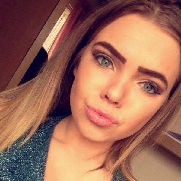 Девушка-подросток после приема экстази попала в кому