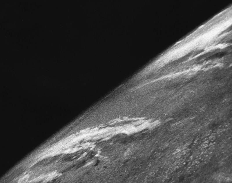 Первый снимок земли из космоса, 24 октября 1946, Нью–Мексико