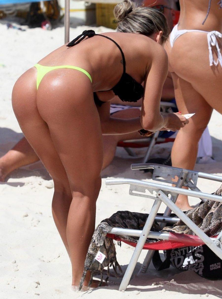 бразильские девушки большие попки на пляже отче, весь мир