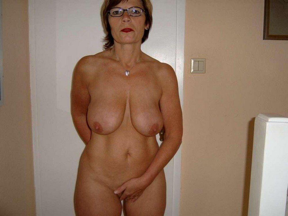 Фото откровенно голых зрелых женщин — pic 13