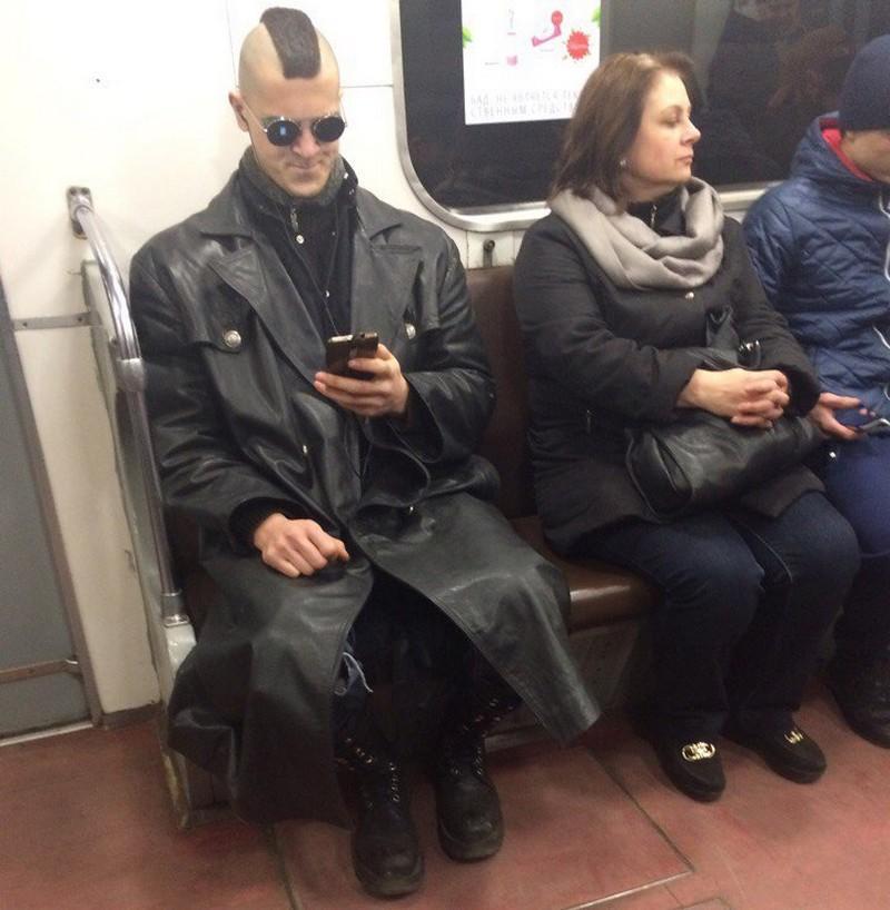 Модные пассажиры метро