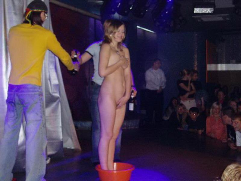 Конкурсы миньета в ночных клубах русское секс вечеринки в русских закрытых клубах
