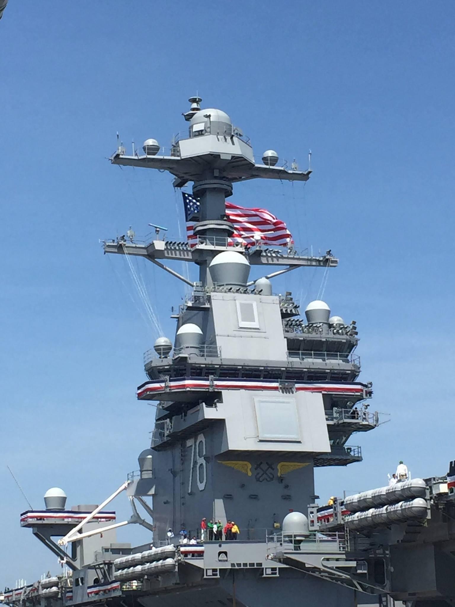Авианосец Gerald R. Ford передан ВМС США