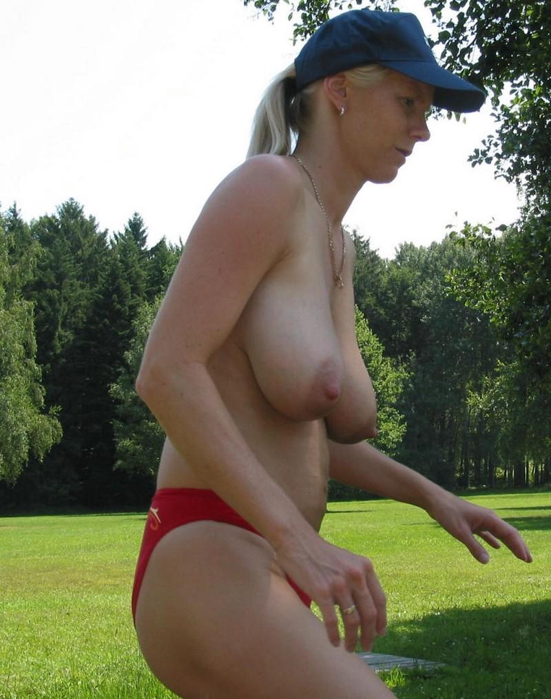 Фото пикантных голых дам