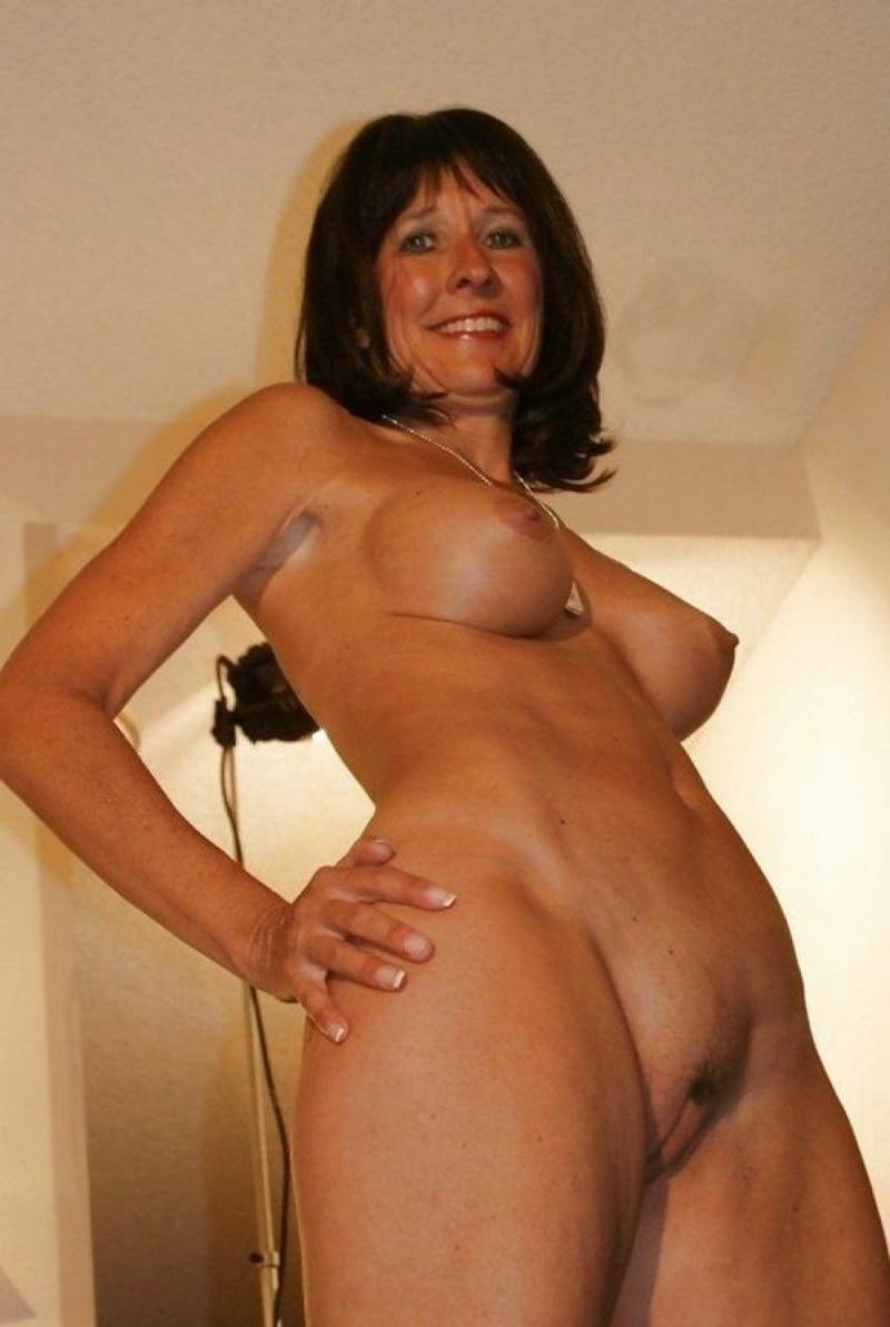 Hot sexy naked mature women