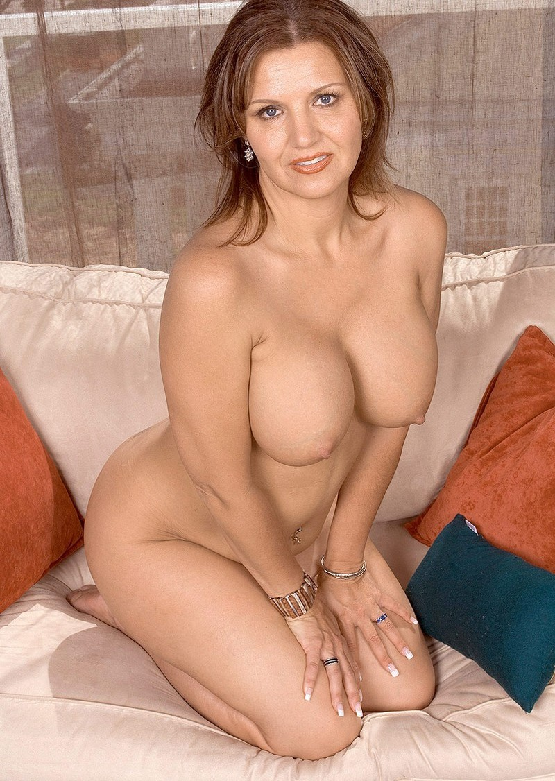 Lacey Grant Nude