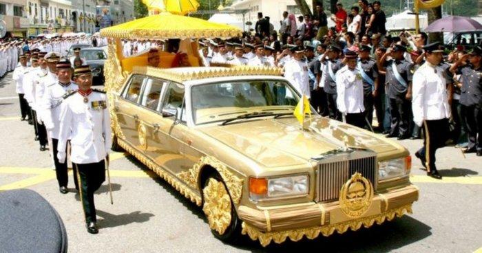 14 самых оригинальных автомобилей султана Брунея, от вида которых становится не по себе
